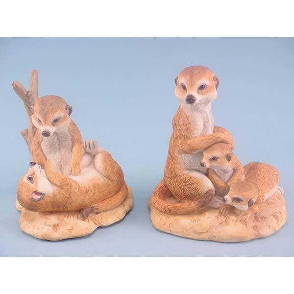 Wood Effect Playful Meerkats