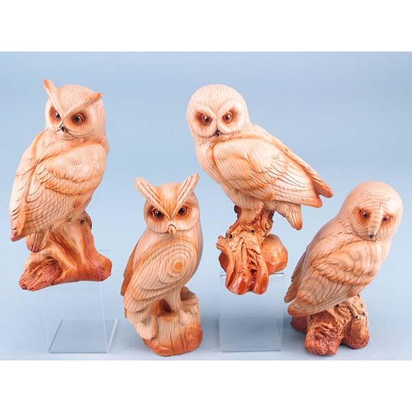 Wood Effect Owl on Log